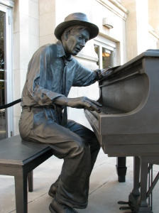 Statue of Hoagy Carmichael on Indiana University campus.